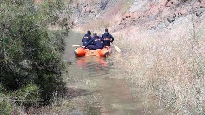 Топил тела женщин в ядовитом озере: на Кипре задержали серийного убийцу