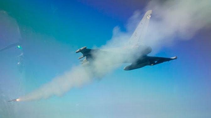 Выпуск от 11.08.2018 г. Весь вменяемый мир вздрогнул - Петров прокомментировал последствия потери боевой ракеты НАТО над Эстонией