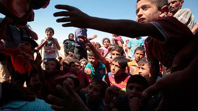 Выпуск от 17.11.2018 г. 50 тысяч заложников заперты в ловушке: как выживают беженцы в Рукбан