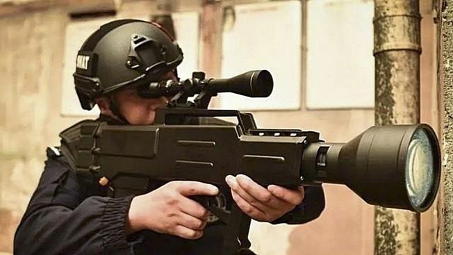 «Замена автомату Калашникова»: китайский лазер против АК-47