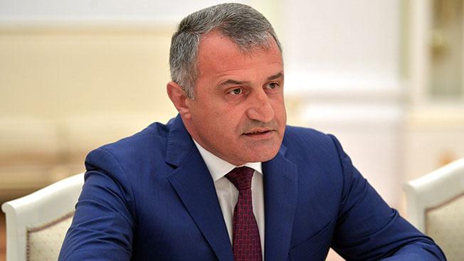 Анатолий Бибилов: «Объединение юга и севера Осетии - это национальная идея осетинского народа»
