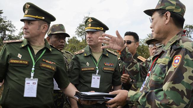 Смертоносные джунгли: как российские саперы разминируют Лаос