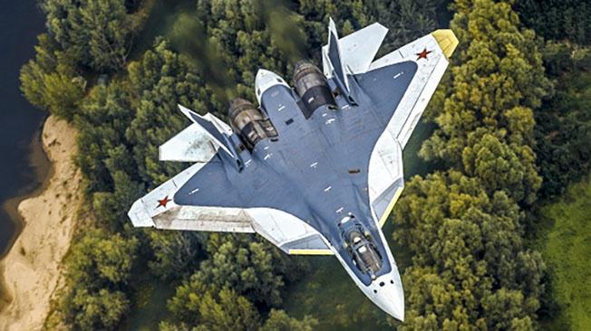 Уникальное «зрение» Су-57: сколько целей может вести истребитель одновременно