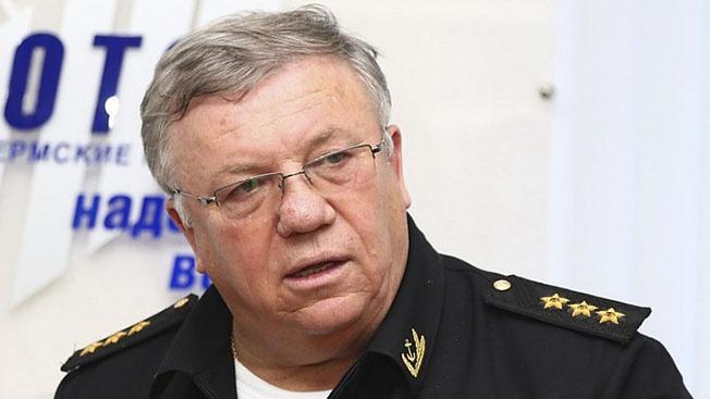 Адмирал Владимир Комоедов: «Херойская» попытка украинских плавсредств пройти под Крымским мостом - так не только соседи, так враги не поступают»