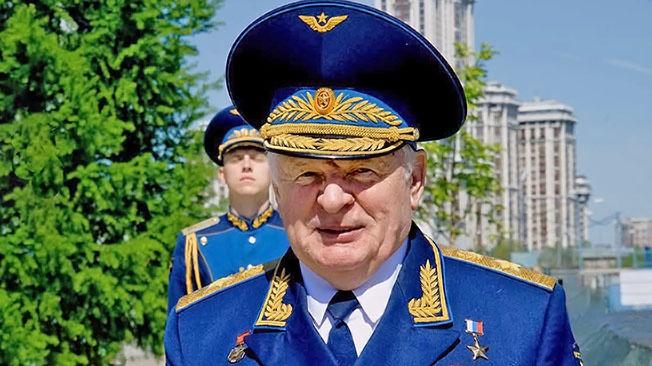 Генерал армии Владимир Михайлов: «Мы снова подняли на крыло нашу военную авиацию»