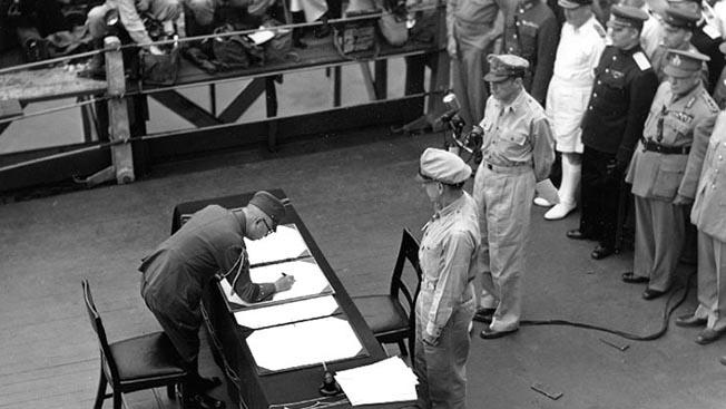 Пир побежденных: за свое поражение во Второй мировой войне Токио хочет получить от Москвы Курильские острова и контрибуцию в придачу