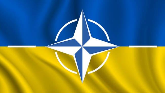 НА ТО Украина и идёт в НАТО. Её место у...