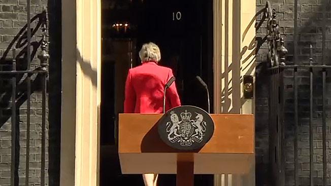 Прощание британки: Тереза Мэй не смогла уйти по-английски достойно