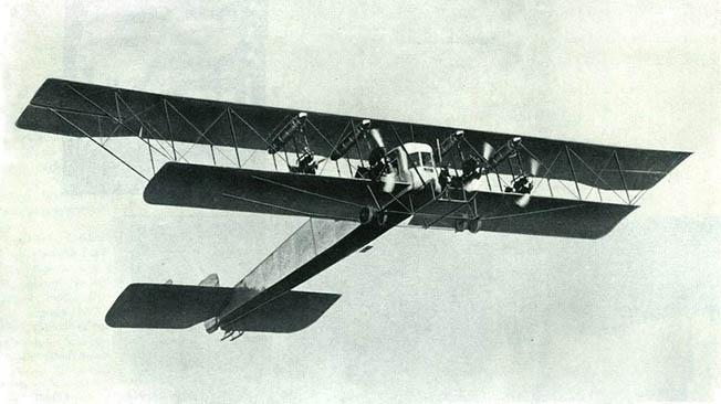 Первый в мире бомбардировщик был сделан в России
