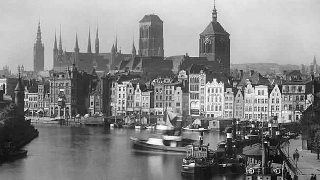 Вторая  мировая война началась с перестрелки между поляками и милицией  Данцига