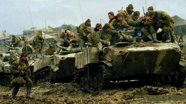 Стреляющие плацдармы артиллериста-десантника Александра Постоялко