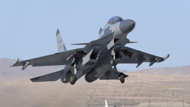 Кто и зачем хочет «сбить» Су-30МКИ?