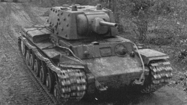 Непокорный КВ: как подо Ржевом пятеро танкистов трое суток отбивались от немцев