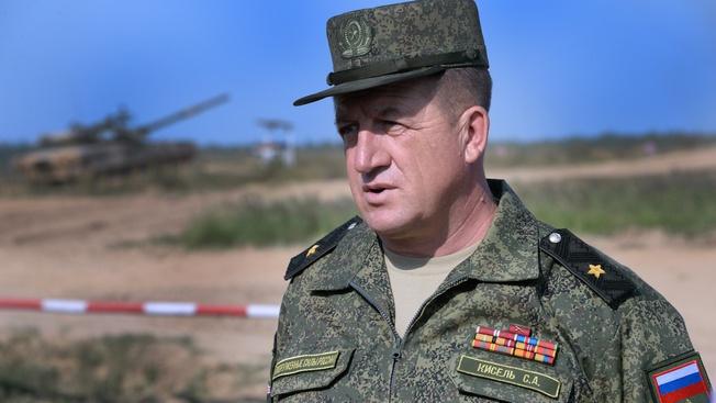 Гвардии генерал-майор Сергей Кисель: «Главное для танкиста - не дрейфить в бою и в совершенстве владеть вверенной техникой»