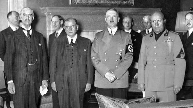 Мюнхенский сговор западных демократий с Гитлером