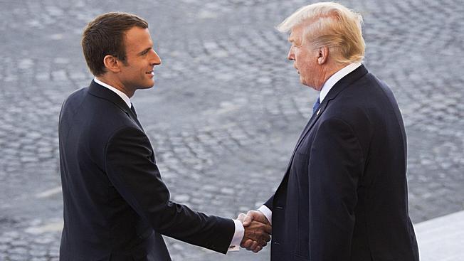Смотрины: Дональд Трамп примет на супервысоком уровне президента Франции в Белом доме