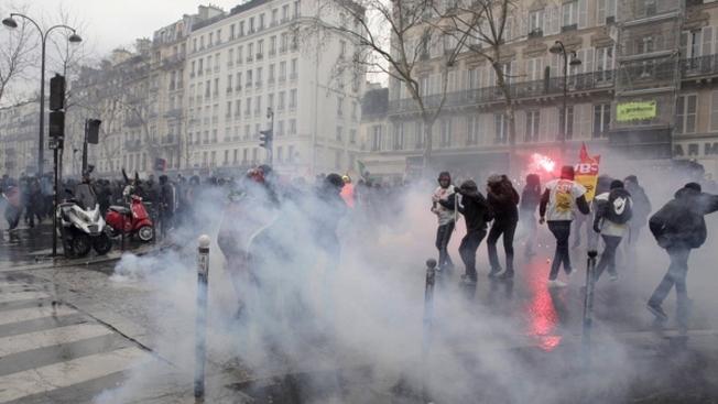 Президент Франции против «людей метро»