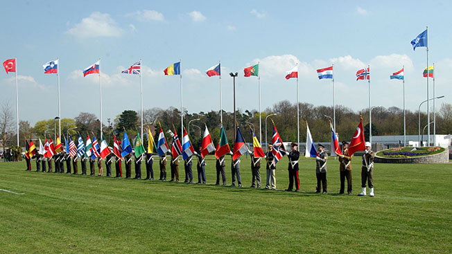 Ложь нашего времени: «НАТО не идет на Восток»