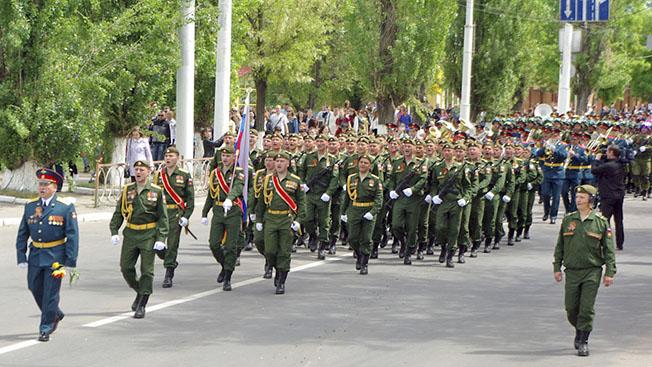 Киев и Кишинев мечтают, чтобы по Украине прошли российские солдаты