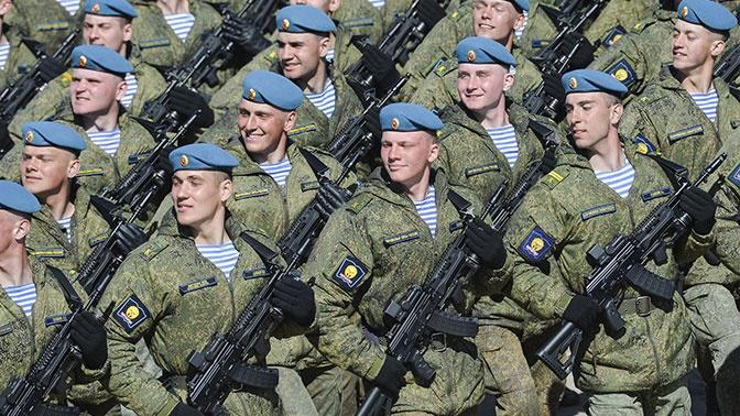 Премьера: автоматы АК-12 покажут на параде Победы в Москве