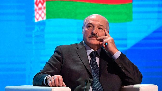 Лукашенко заявил о необходимости смены конституции Белоруссии