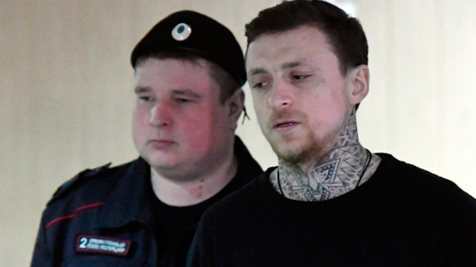 Спутница Мамаева назвала причину драки с водителем возле ночного клуба
