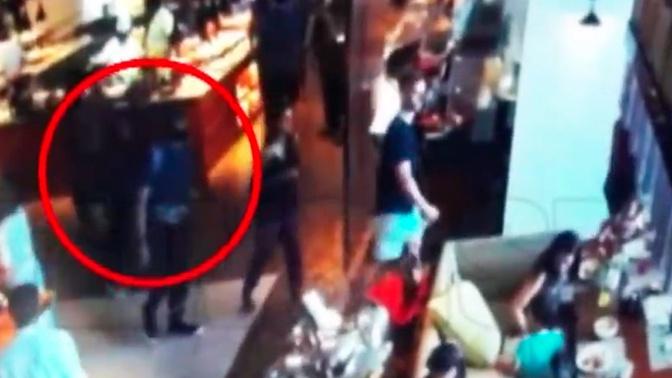 Опубликованы кадры момента взрыва в отеле на Шри-Ланке