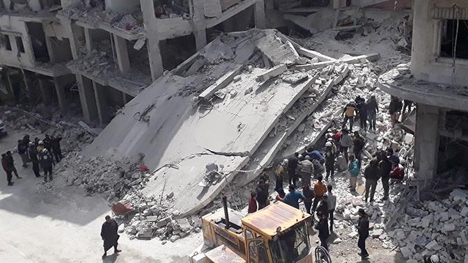 В результате теракта в сирийском Идлибе погибли 18 человек