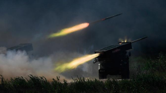 Расчеты РСЗО «Торнадо-С» выполнили первые ракетные пуски под Астраханью