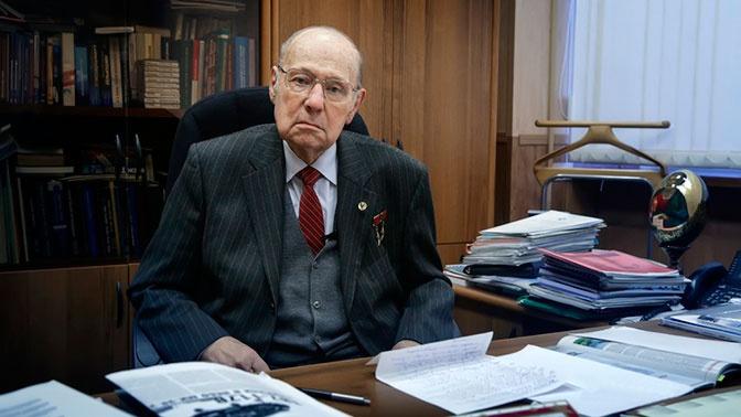 В ОАК выразили соболезнования в связи со смертью авиаконструктора Новожилова