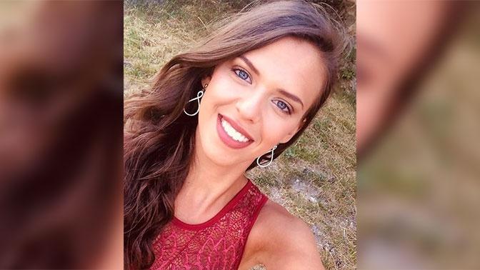 Претендентка название «Мисс Франции» погибла под трактором