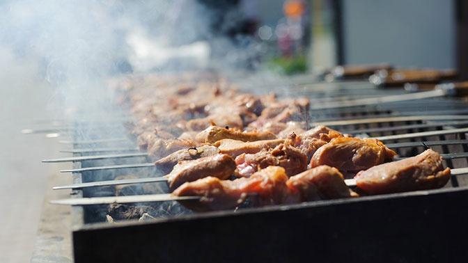 В Роспотребнадзоре рассказали, как готовить пищу, чтобы избежать отравлений