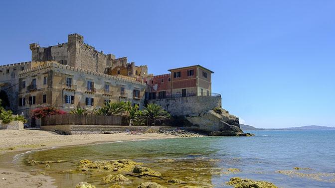 НаСицилии устроили акцию распродажи  домов заодин евро