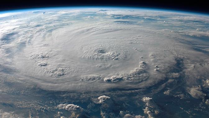 В ожидании удара стихии: на Приморье идет мощный циклон