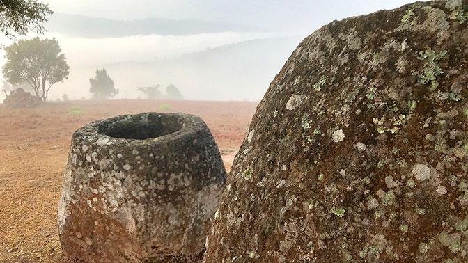 В Лаосе обнаружили более сотни древних «кувшинов мертвых»