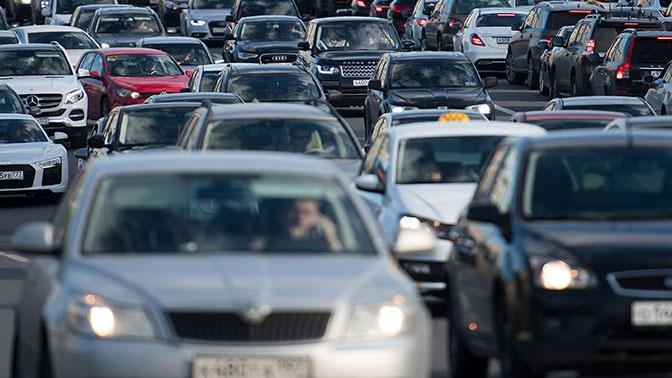 Названы самые загруженные магистрали на выездах из Москвы