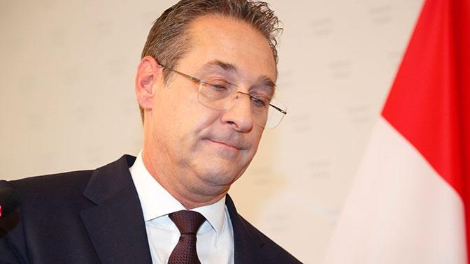 Президент Австрии назвал позорным видео вице-канцлера с «россиянкой»