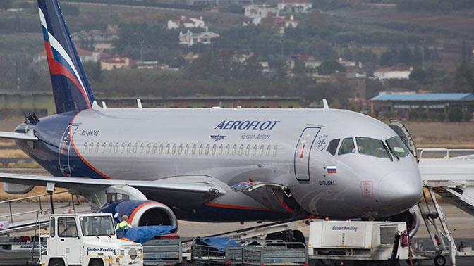 Пассажиры отказались лететь на SSJ-100 из Ульяновска после отказа гидросистемы
