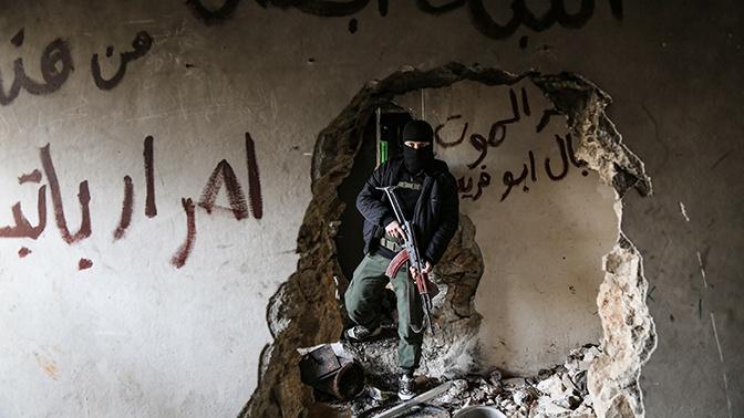 Двое сирийских военных погибли в результате обстрелов боевиков