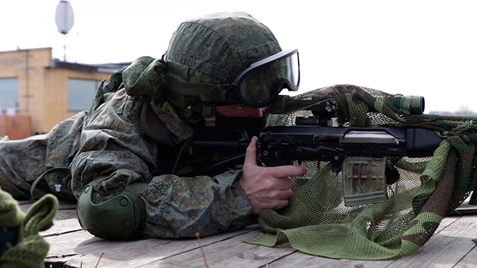 Уничтожить «террористов» за несколько минут: в ВВО прошли учения спецназа