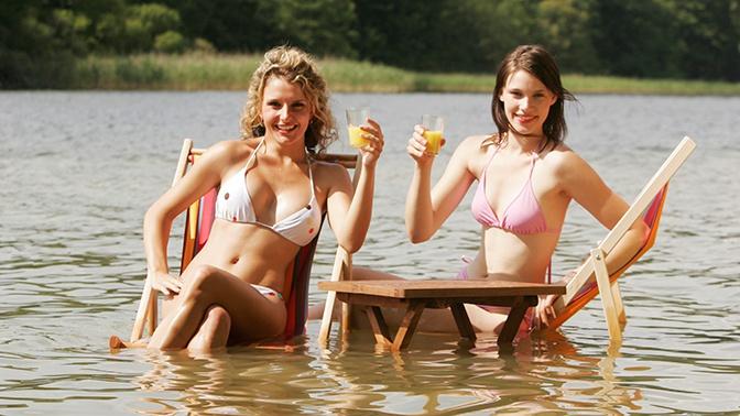 Роспотребнадзор уточнил, какой купальник можно носить в бассейн