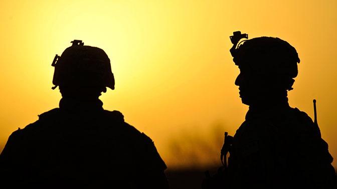 США хотят отправить еще десять тысяч военных на Ближний Восток