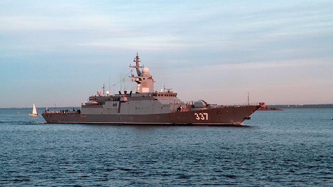 Корвет «Гремящий» вышел в Финский залив