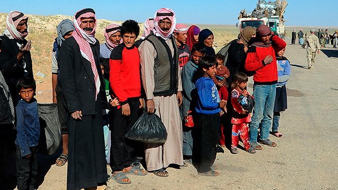 Из лагеря «Эр-Рукбан» смогли выйти еще 202 беженца