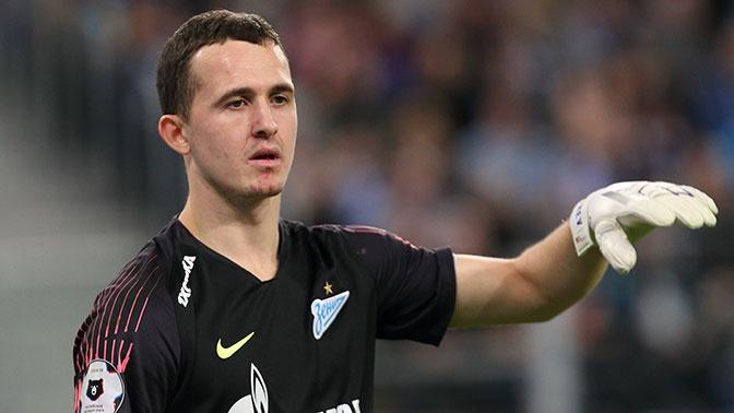 СМИ: в отношении футболиста Лунева составили протокол из-за дебоша во Внуково