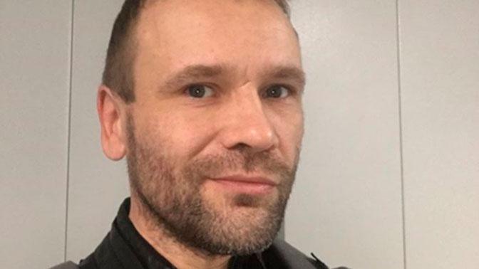 Экс-ведущий MTV Михаил Рольник отравился и впал в кому