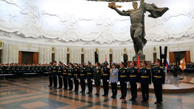 Свыше 650 курсантов выпустились из Военного университета Минобороны