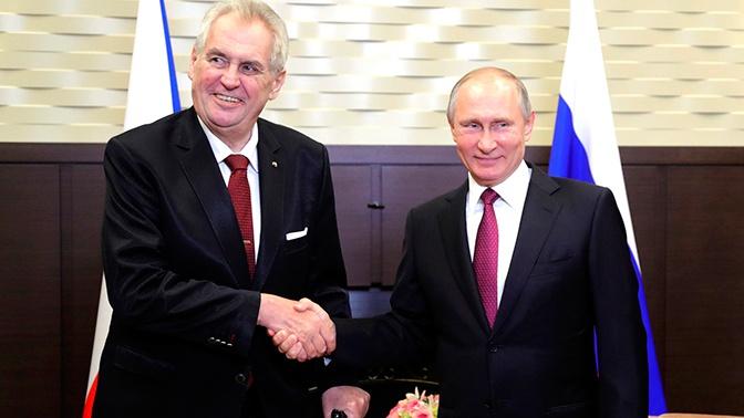«Не работают, нужно отменить»: президент Чехии о санкциях против РФ