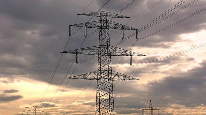 Порядка 100 тысяч человек в Симферополе остались без электричества