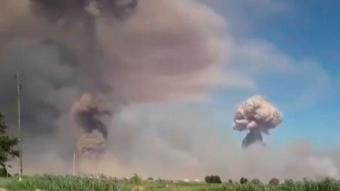Порядка 50 взрывов произошло на складах боеприпасов в воинской части на юге Казахстана